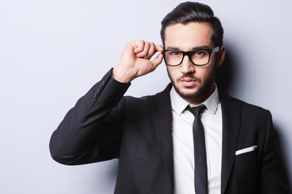 男性がメガネをかけるとモテる理由を科学的に解説 1番目の画像