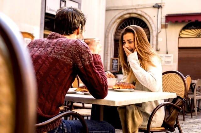 聞き上手な男は女性にモテる!聞き上手が持つ「傾聴スキル」を身につける方法 3番目の画像