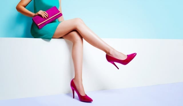 【恋愛偏差値テスト】正解はどっち!?究極の2択からモテる靴を選択せよ! 2番目の画像