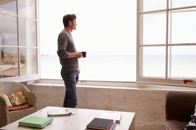 彼氏が心配性でちょっと疲れる…心配性な彼氏の心理と正しい対処法 1番目の画像