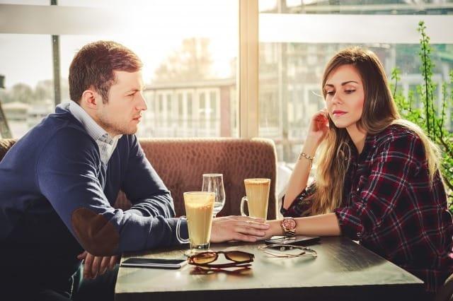 破局寸前!すぐ別れるカップルが持つ会話・行動・考え方の特徴 1番目の画像