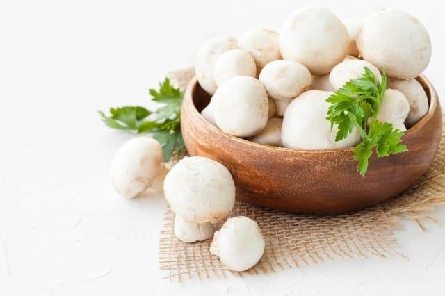 肌に良い食べ物とは?科学的に証明された肌をきれいにする食品と悪い食品 3番目の画像
