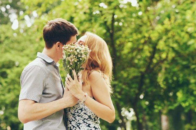 結婚相手の決め手は?幸せな結婚生活を手に入れるために必要な条件と妥協すべき条件 3番目の画像