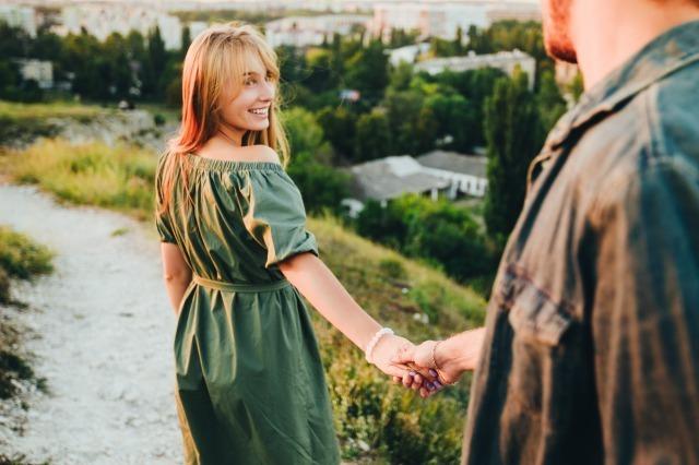 年下男子との恋愛はメリットだらけ!年下男子の好意のサインや年上女性を好きになる心理 3番目の画像