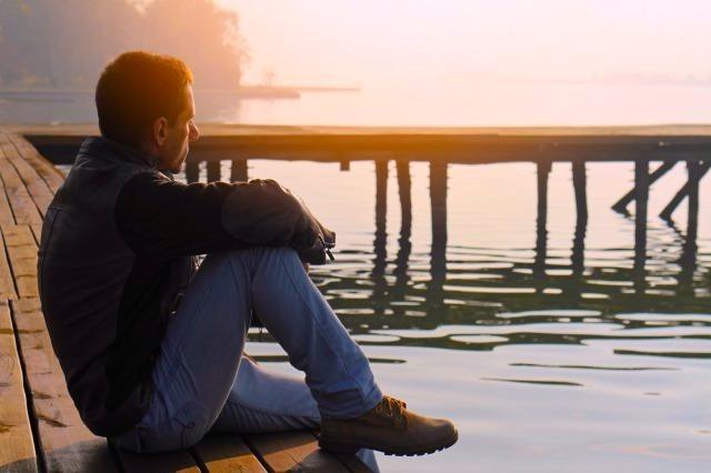 男性が嫉妬する心理とは?ヤキモチのサインと独占欲強めの男性の特徴を解説 2番目の画像