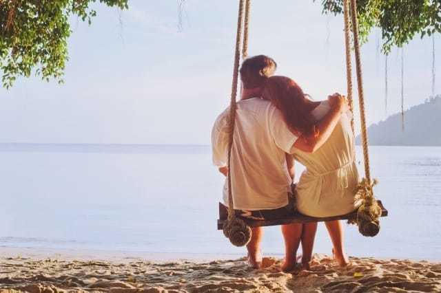 【会えない2人の恋愛観診断】会えない時の恋愛観で相性のいい相手がわかる!全4タイプを解説 2番目の画像