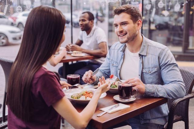 【婚活デートの教科書】成功させるために気をつけたいことと次回のデートにつなげるコツ|賢恋研究所 1番目の画像