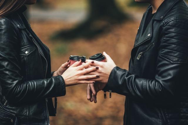 好きだけど別れる切ない理由9選。別れを後悔しないための決断基準とは?|賢恋研究所 2番目の画像