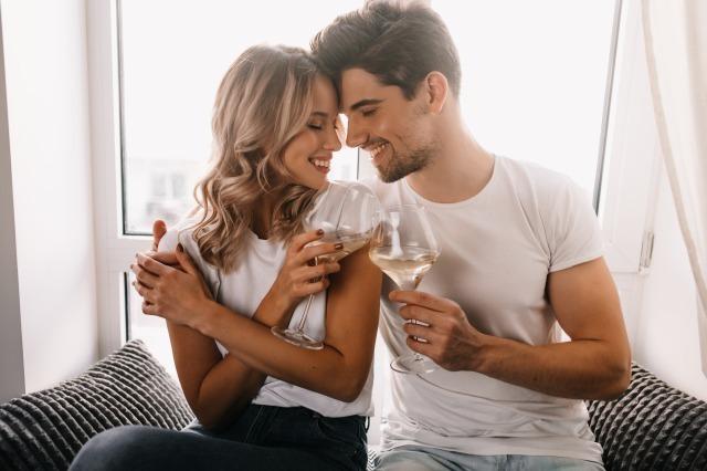 友達以上恋人未満とは?告白しない男性心理と関係を進展させる方法 賢恋研究所 3番目の画像