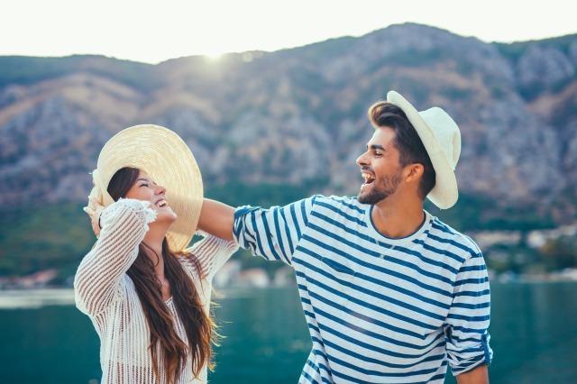 男性が気になる女性に見せる態度や言動は?「この子、気になるかも」となる瞬間も紹介|賢恋研究所 1番目の画像