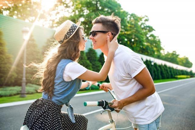 デートで初めてのキスするベストタイミングを心理学で解説!おすすめの場所や注意点も|賢恋研究所 2番目の画像