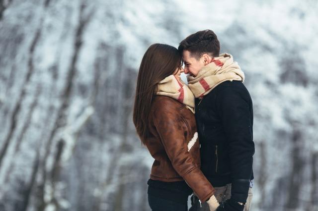 デートで初めてのキスするベストタイミングを心理学で解説!おすすめの場所や注意点も|賢恋研究所 3番目の画像