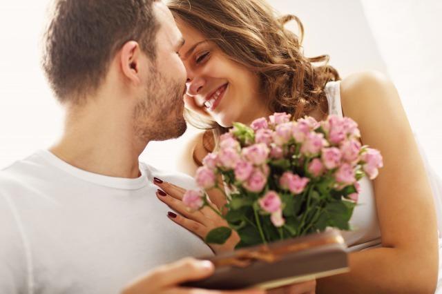 彼女を喜ばせたい男子必見!女性が彼氏にされたらうれしい行動7選 1番目の画像
