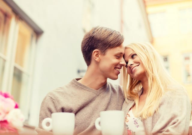 【自己開示】好きな人との心の距離がぐっと近づく会話と話題10選