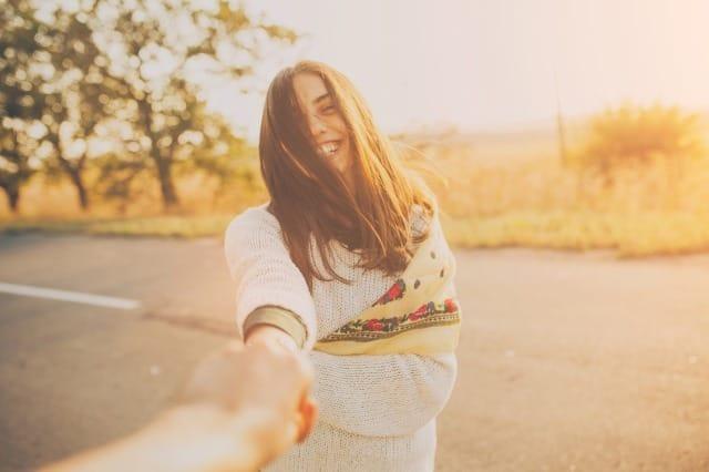 彼氏持ちの女友達を好きになってしまったら…心理学に基づく恋人になるための確実な方法