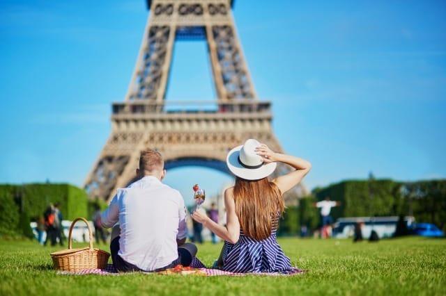 出会いの場所はどこ?真剣な恋愛がしたい社会人が行くべき出会いの場所