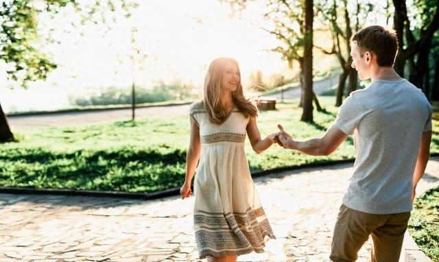 ケンカ中の彼女と仲直りしたい男性必見。心理学から判明した上手な謝り方と仲直りの方法