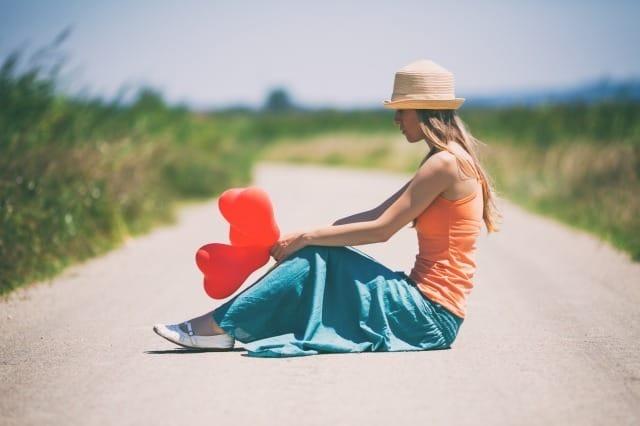 人を好きになれない女性へ。本気の恋ができない原因・心理と恋心を取り戻す方法