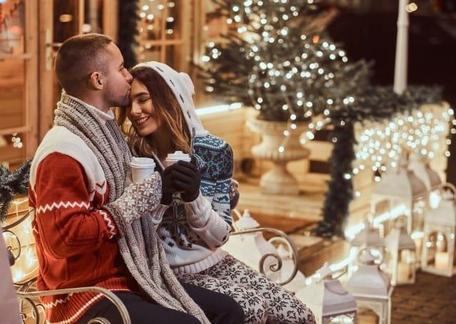 クリスマスの過ごし方は?カップルの理想的なクリスマスデートをランキングでご紹介!