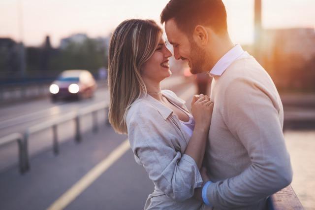 遠距離恋愛でも長続きするコツは?別れにつながる遠距離恋愛の共通点も紹介