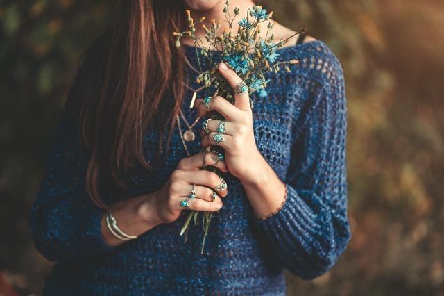 好きだけど別れる切ない理由9選。別れを後悔しないための決断基準とは?|賢恋研究所
